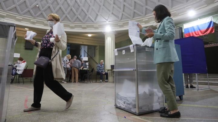 Полицией задержан член ТИК: наблюдатели фиксируют нарушения на выборах в Волгограде