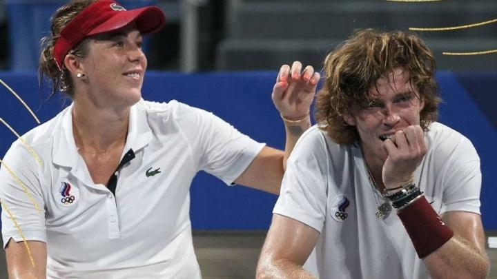Российские теннисисты взяли золото и серебро на Олимпиаде в Токио