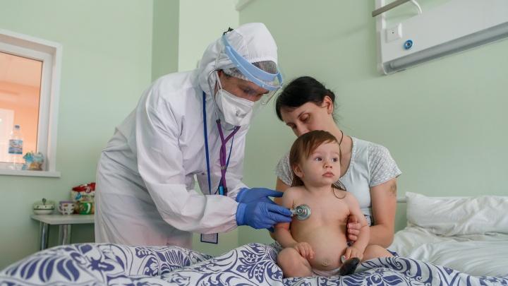 Заболевает каждый сотый: медики рассказали, кто чаще всего болеет коронавирусом и ОРВИ в Волгограде