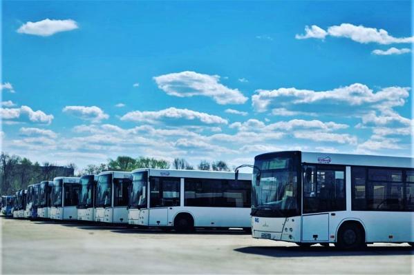 Автобусам иногда приходится экстренно перестраивать маршрут