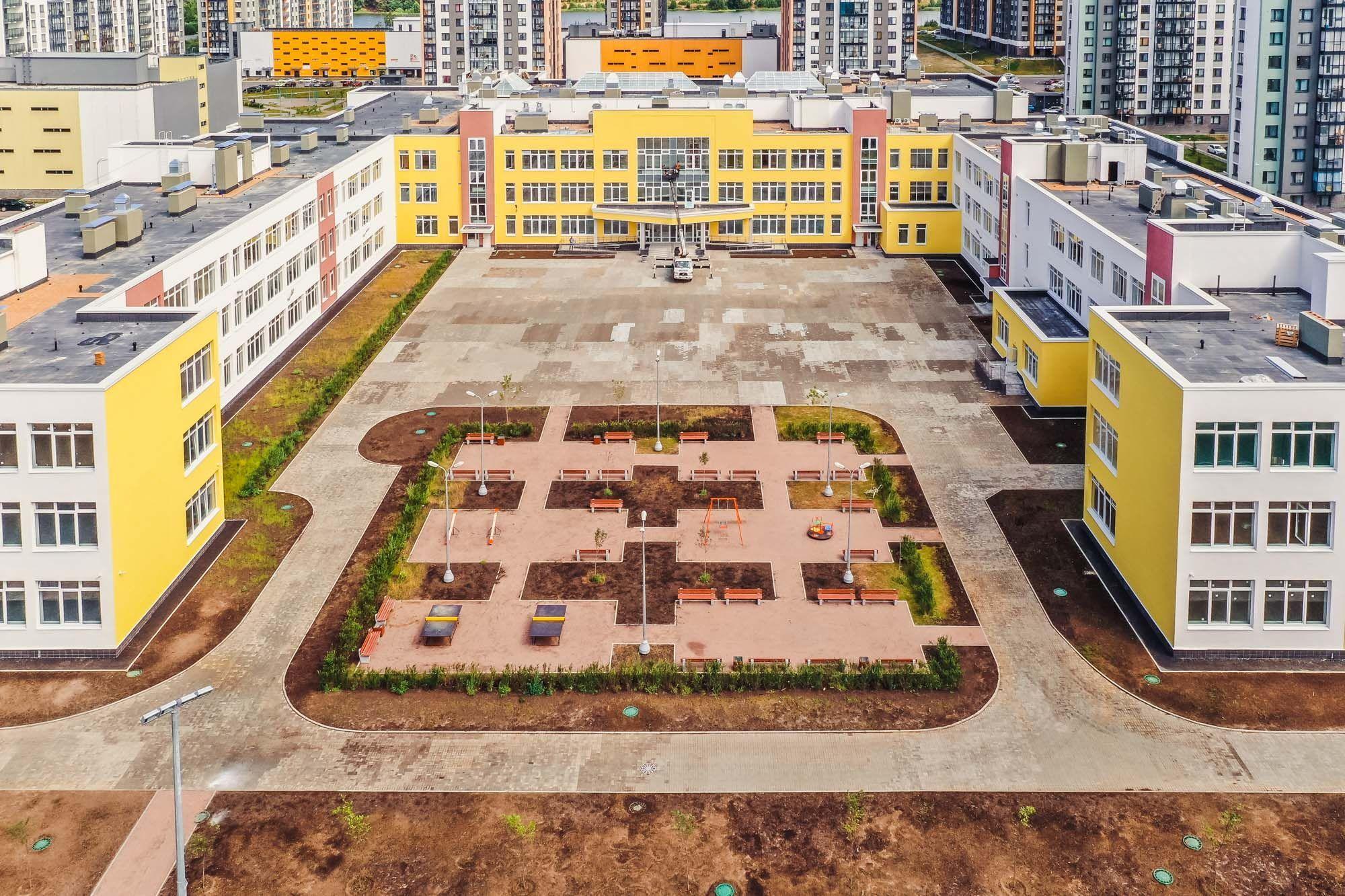 Линейка для застройщиков. Какие школы и детские сады появляются в Петербурге и Ленобласти и за чей счет0