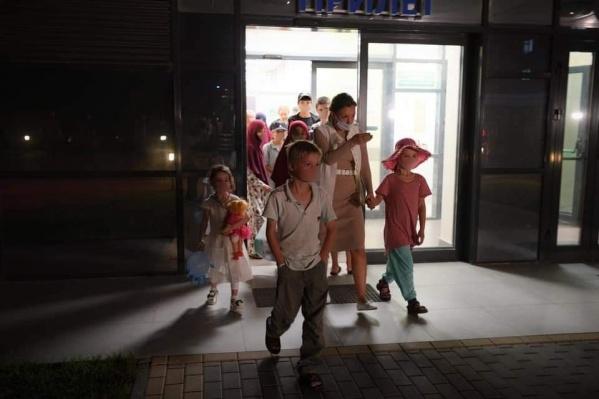 В Россию продолжают возвращаться дети, чьи родители по разным причинам уехали в Сирию