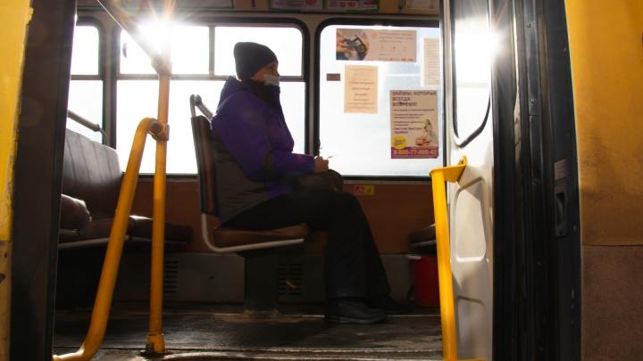 «Нельзя ставить на деревенских крест»: в Котласском районе люди много лет не могут добиться автобуса