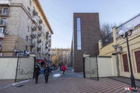 В конце 2020 года прокуратура Волгоградской области потребовала сноса фуд-корта
