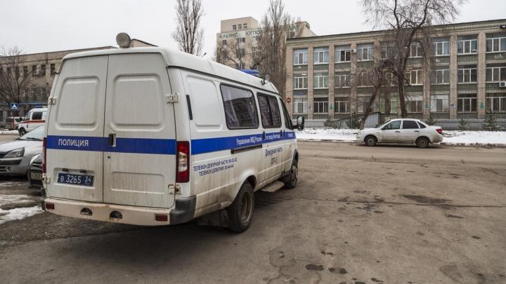 В Волгограде в нескольких школах объявлена эвакуация