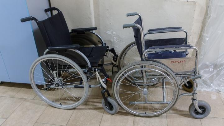 «Живем словно на фабрике смерти»: инвалиды-колясочники заявили об избиениях и издевательствах в пансионате