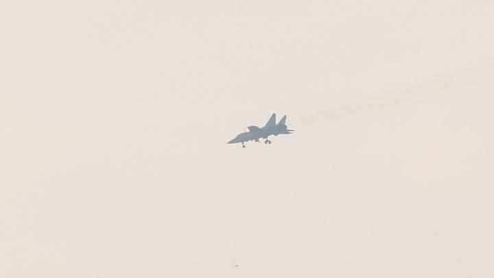 Самолет МиГ-31 совершил аварийную посадку в Прикамье