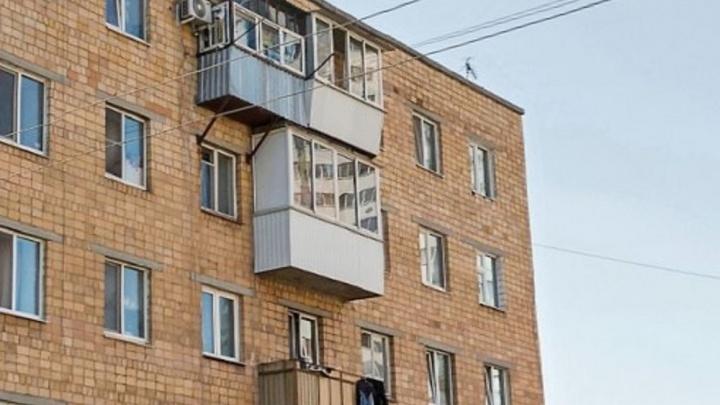 «В ледышку превратиться можно»: на Уктусе жильцы домов в мороз остались без отопления