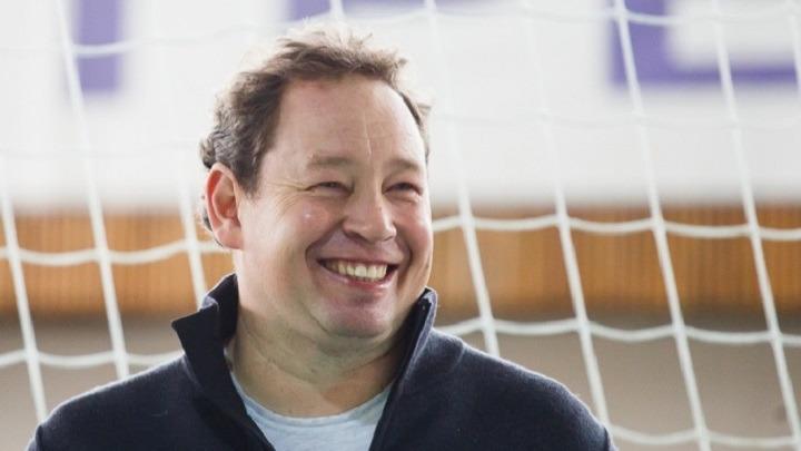 Директора футбольной школы «Ротор» дисквалифицировали на год и оштрафовали за драку после матча