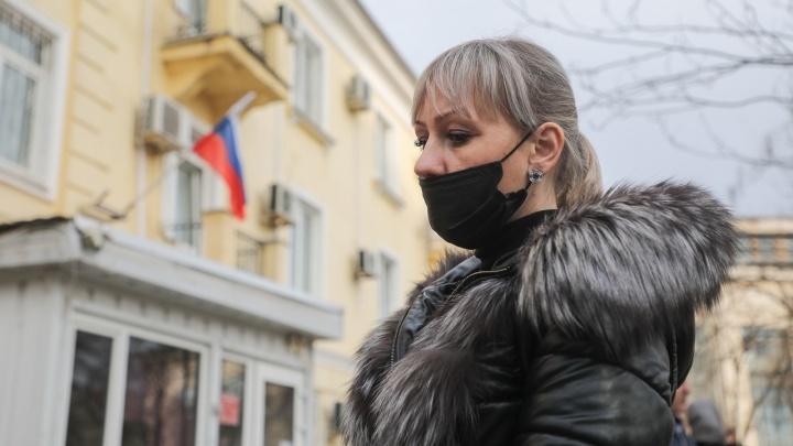 Обвиненного в терроризме школьника держат в одиночке СИЗО Волгограда