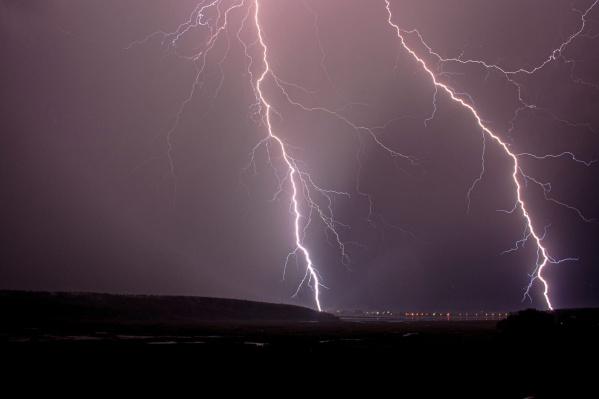 Грозища такой силы в Прикамье этим летом проходит уже не первый раз