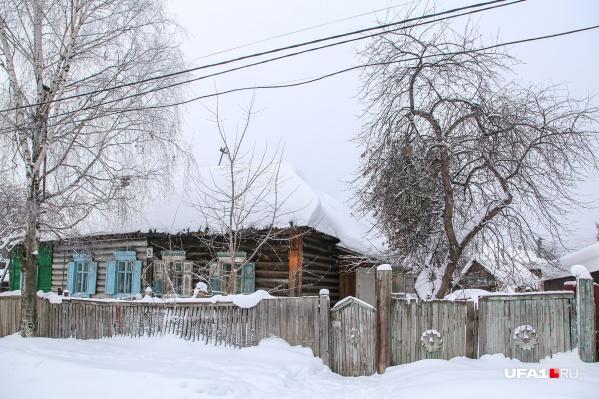 Многие из местных живут на этом пятачке более 50 лет