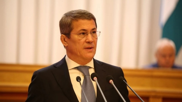 Власти Башкирии отказываются отменять антиковидные меры. Узнали, почему