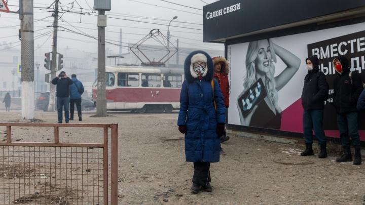 Пожар на Качинском рынке Волгограда парализовал дорогу к Семи Ветрам