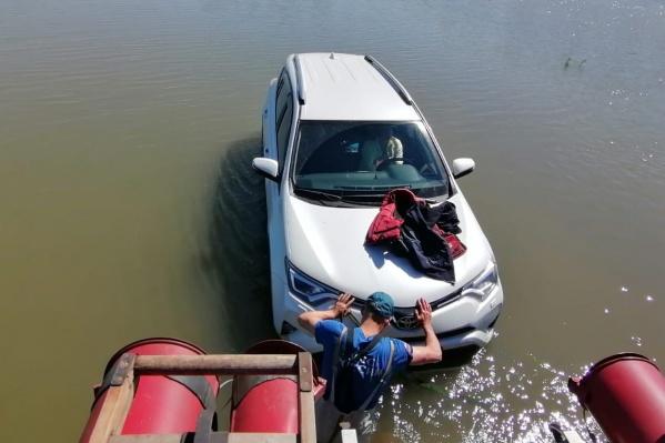 Мотор заглох из-за воды