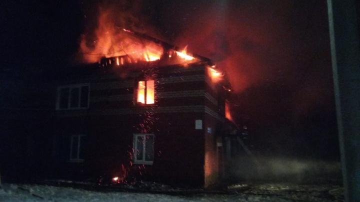 Один человек погиб при пожаре в жилом доме в городе Лысково
