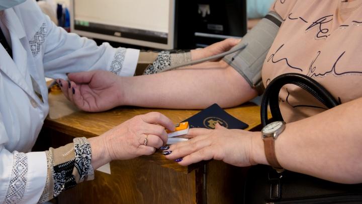 «Взяли целых семь пробирок крови»: архангелогородка поучаствовала в исследовании вакцины «КовиВак»