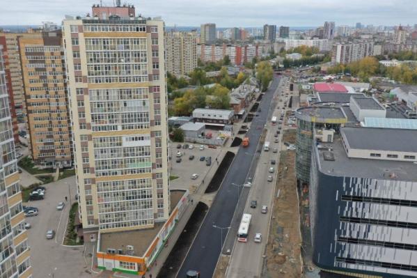 Дорога по ул. Карпинского будет расширена с 2 до 4 полос