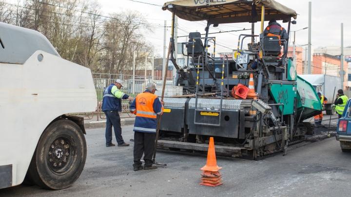 Самый большой контракт получили местные: кто будет ремонтировать дороги Ярославля в 2021 году