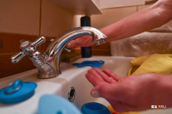 Воду энергетики на время испытаний обещают не отключать
