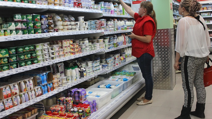 Нашли крайнего: чиновники обвинили в росте цен торговые сети — почему цены от этого только вырастут