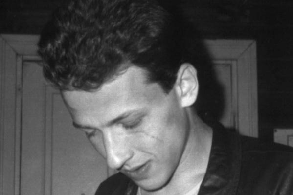 Поэт Борис Рыжий покончил с собой 7 мая 2001 года. Ему было 26 лет