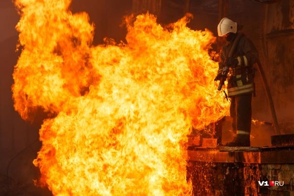 Пожарные оперативно ликвидировали возгорание, но яхта все равно сильно пострадала