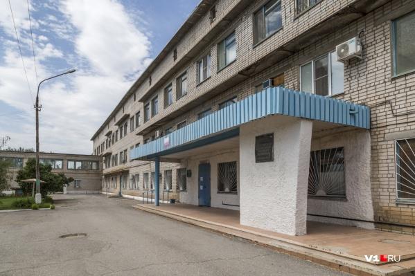 Волгоградцы пожаловались на отсутствие лекарств и рецептов в Светлоярской поликлинике