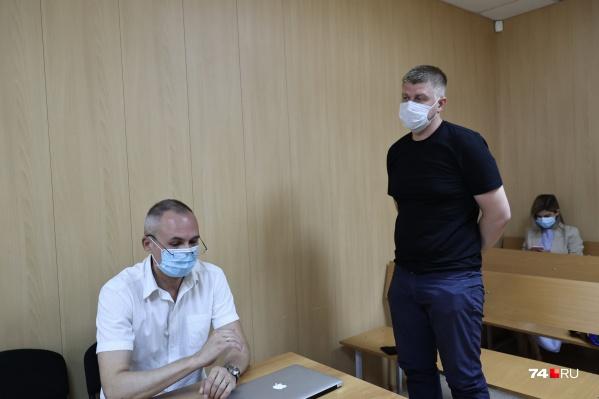 У Игоря Печенкина на время изъяли водительское удостоверение еще в июне, а теперь он лишился его до конца года