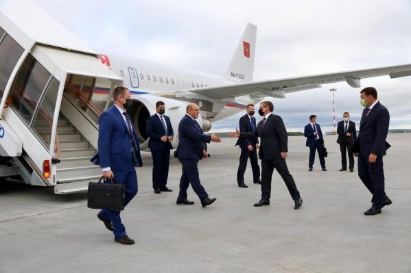 Мишустин прилетел в Кольцово