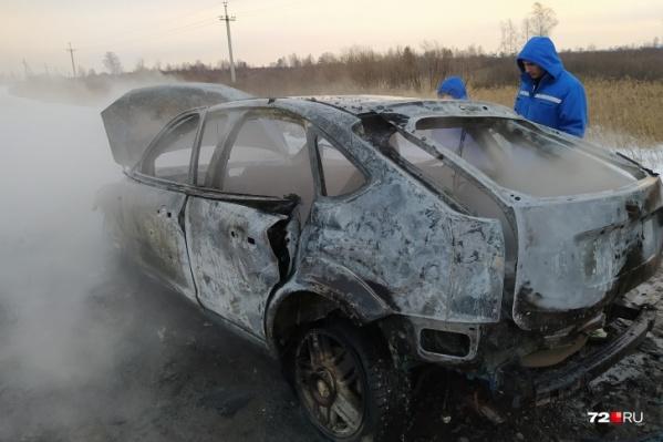 Та самая машина, в которой нашли тело мужчины
