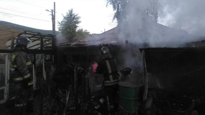 Семейная пара пенсионеров погибла в пожаре в Красноярске