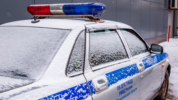«Примите меры»: в Ярославской области мужчина попросил полицейских не дать ему убить жену