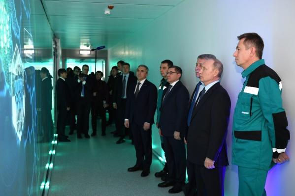 Завод в Тобольске посещал президент России Владимир Путин в декабре прошлого года