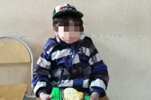Из полиции мальчика забрала перепуганная мама