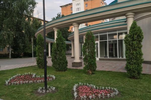 Можно ли будет пожениться без сертификата о прививке от COVID-19 в Новосибирске?