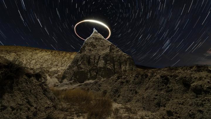 «Одной из его вершин будет Луна»: в небе над Волгоградом появится треугольник из космических тел