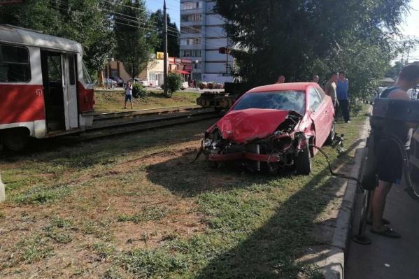 Больше всего досталось самому Opel Astra
