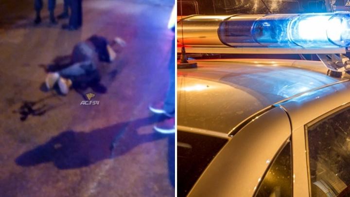 Новосибирца с ножевым ранением увезли с перекрестка улиц Ватутина и Котовского