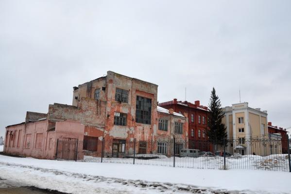 Одноэтажная пристройка к зданию не сохранится, и восстанавливать ее не планируется