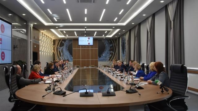 «Будем наращивать темпы строительства детских садов»: в Перми обсудили развитие системы образования