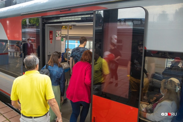 До конца лета поезд курсирует в тестовом режиме