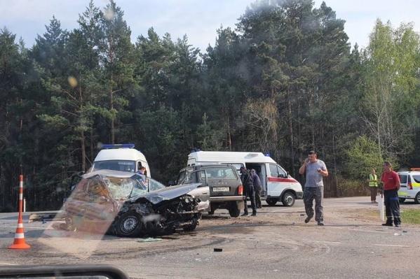 Авария произошла на повороте на кладбище