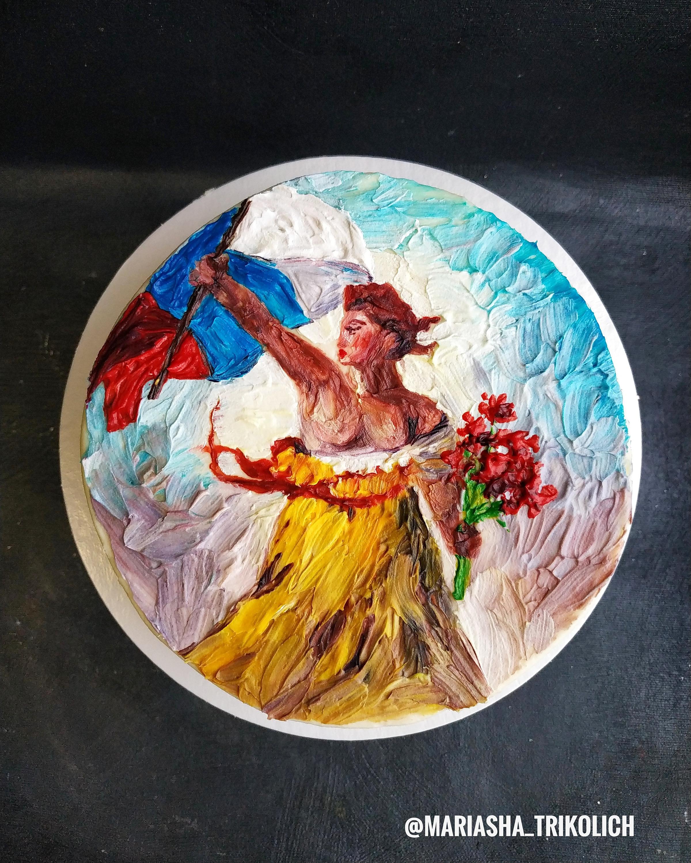 Узнали часть картины Эжена Делакруа «Свобода, ведущая народ»? Обратите внимание, что в варианте Марианны флаг не французский, а российский, а в руках у женщины вместо ружья цветы