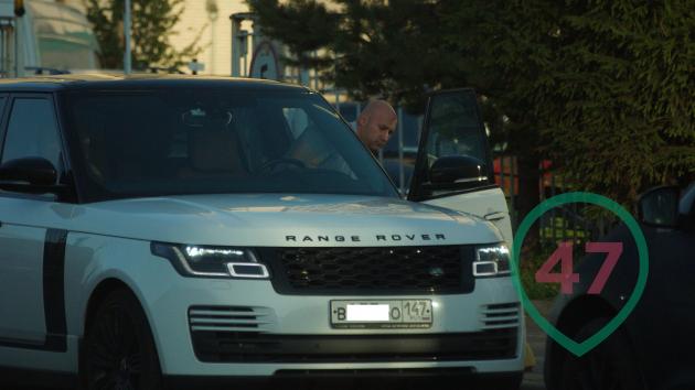 Беляев и Range Rover Vogue Long