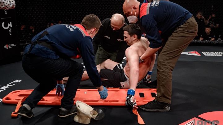 Потеря сознания и боец, которого пришлось выносить: как в Екатеринбурге прошел турнир по ММА