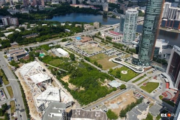 Общественники боятся, что небоскребы приведут к гибели сада Казанцева