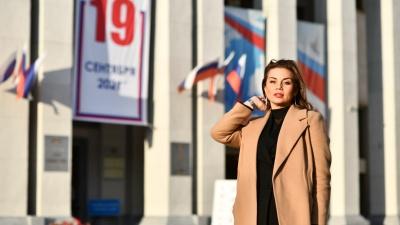 Самые очаровательные выборы. Подборка красавиц-избирателей с участков Екатеринбурга
