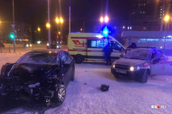 По словам очевидцев, водительKIA уходил от удара