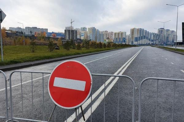 Строительство дороги началось в апреле